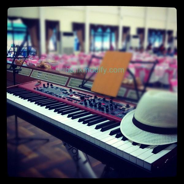 เปียโนบนเวที