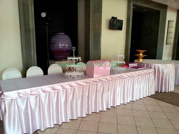 โต๊ะลงทะเบียนและรับของชำร่วย