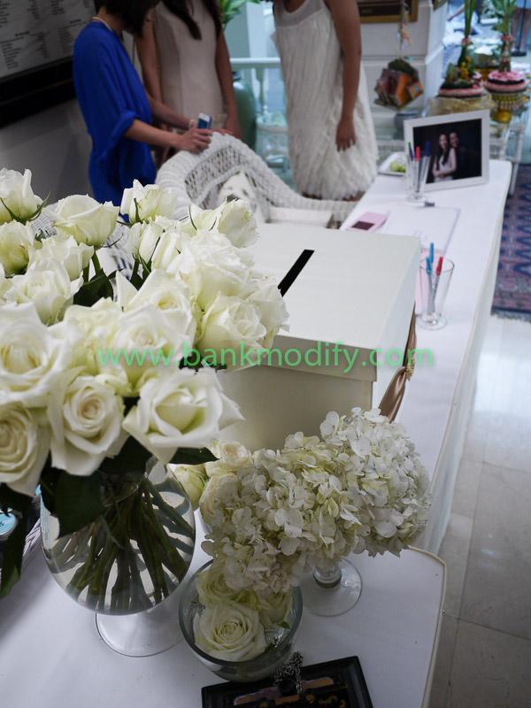 โต๊ะรับของชำร่วย หน้างานแต่งงาน