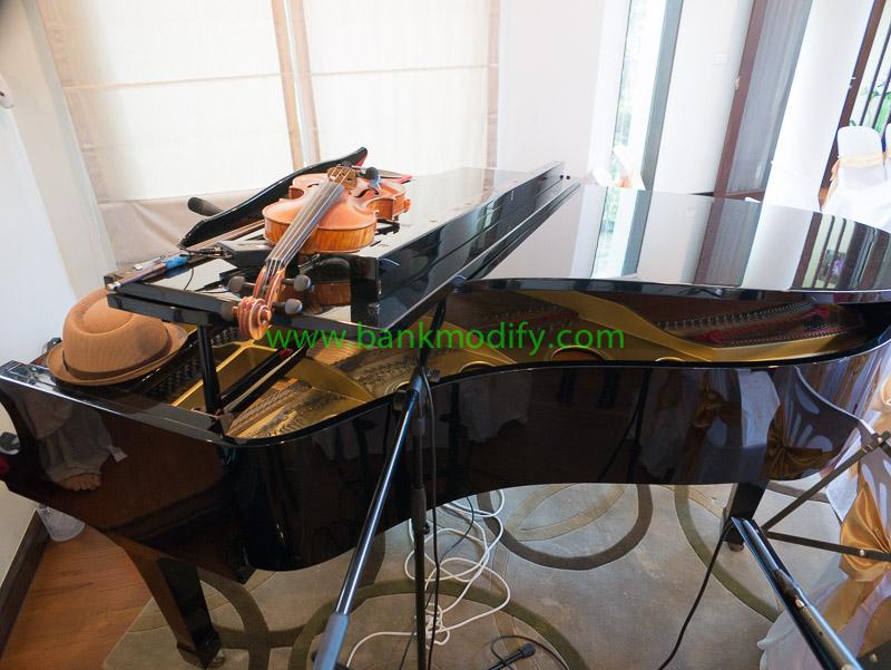 Grand Piano ที่ใช้ในงานนี้