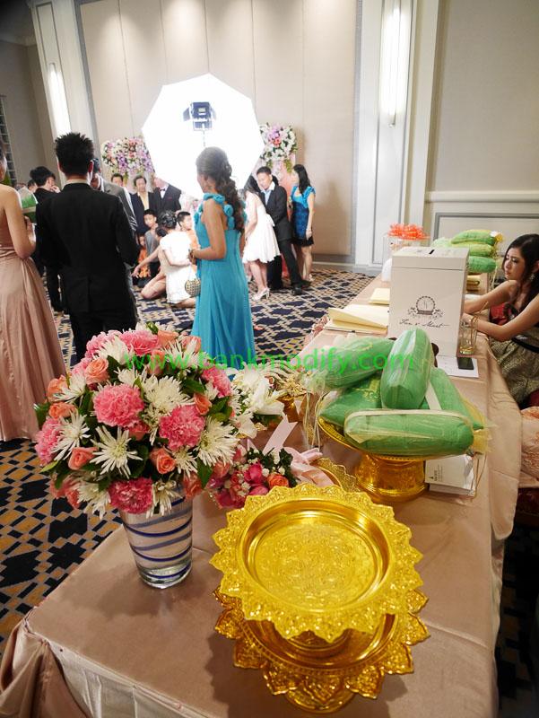 การตกแต่งบริเวณหน้าห้องจัดงานแต่งงาน